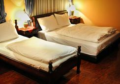 Hotel Evropa - Podgorica - Kamar Tidur