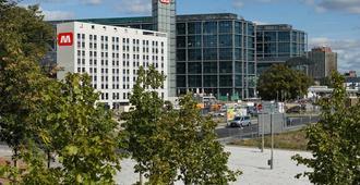 Meininger Hotel Berlin Central Station - Berlin - Bangunan