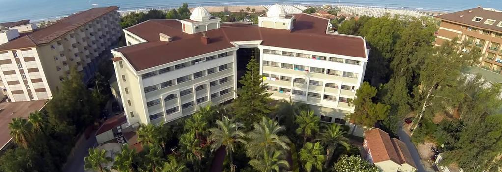 Hane Side - Side - Building