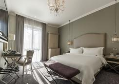 Queen Victoria Hotel - Cape Town - Kamar Tidur