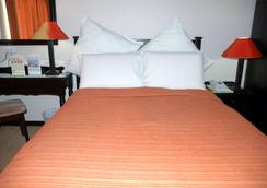 Adansonia Hotel - Francistown - Kamar Tidur