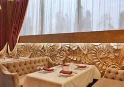 Austeria Hotel - Belgorod - Restoran