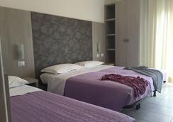 Hotel Ridens - Rimini - Kamar Tidur