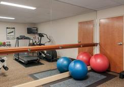 Mediterranean Inn - Seattle - Gym