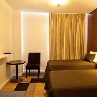 Stay on Main Guestroom