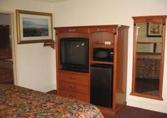 Walls Motel Long Beach - Long Beach - Kamar Tidur