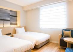 Nishitetsu Hotel Croom Hakata - Fukuoka - Kamar Tidur