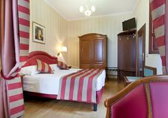 Hotel Piazza Di Spagna - Roma - Kamar Tidur