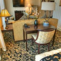Gaslamp Plaza Suites Living Area