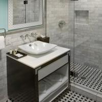 El Cortez Hotel & Casino Bathroom