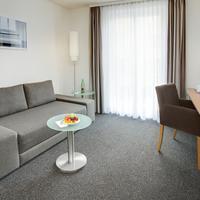 InterCityHotel Wien IntercityHotel WienVienna, Austria - Apartment