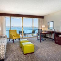 Wyndham San Diego Bayside Guest Room