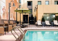 Residence Inn by Marriott San Diego Downtown Gaslamp Quarter - San Diego - Kolam