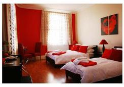 Hotel Makedonia - London - Kamar Tidur