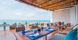 Royal Cliff Beach Hotel - Pattaya - Restoran