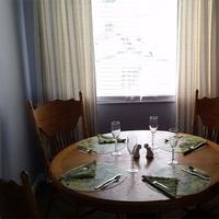 Carole's Bed And Breakfast In-Room Dining