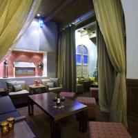 Hotel Andaluz Lobby Sitting Area