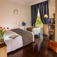 Hotel Saint Paul Rome Guestroom