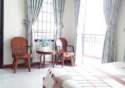 An Hoa Hotel - Nha Trang - Kamar Tidur