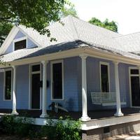 East Hill Bungalow