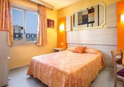 Hotel Servigroup Orange - Benidorm - Kamar Tidur