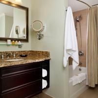 King Charles Inn Bathroom