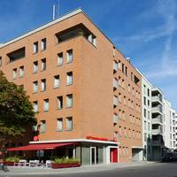 Flottwell Berlin Hotel & Residenz am Park Street View