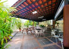 Harbour Ville Hotel - Singapura - Restoran