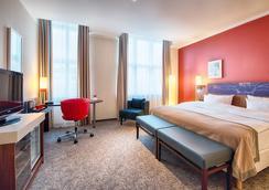 Leonardo Royal Hotel Berlin Alexanderplatz - Berlin - Kamar Tidur