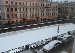 Mini Hotel Belaya Noch - St. Petersburg - Pemandangan luar