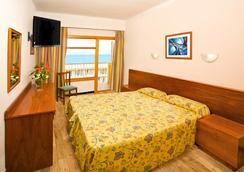 Paradise Beach Music Hotel - El Arenal - Kamar Tidur
