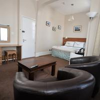 The Gateway Hotel Guestroom