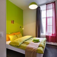 Station Hotel Z12 Guestroom