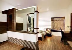 Serenity Inn La Serene - Hyderabad - Kamar Tidur