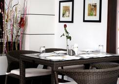 Serenity Inn La Serene - Hyderabad - Restoran