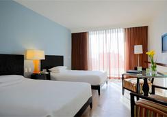 Krystal Grand Punta Cancun - Cancun - Kamar Tidur