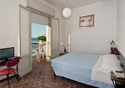 Hotel Napoleon - Riccione - Kamar Tidur