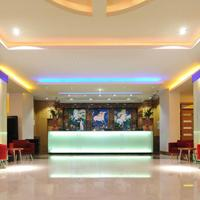 Pestana Chelsea Bridge Hotel & Spa Lobby