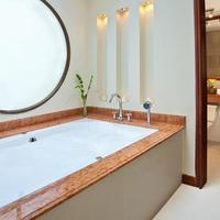 Exe Santafé Boutique Hotel Deep Soaking Bathtub