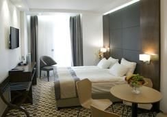 Central Hotel - Sofia - Kamar Tidur