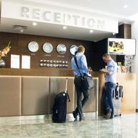 Central Hotel Reception