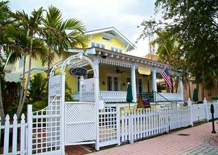 Palm Beach Hibiscus Bed & Breakfast