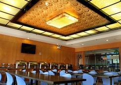 Green Tree Inn Hefei Jinding Square Hotel - Hefei - Restoran