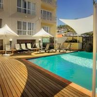 Hilton Cape Town City Centre Pool