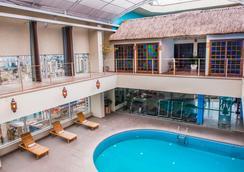 Prodigy Grand Hotel & Suites Berrini - São Paulo - Kolam