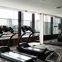 Pacific Express Hotel Gym