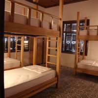 Fi Hostel Guestroom