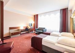 Azimut Hotel Cologne - Köln - Kamar Tidur
