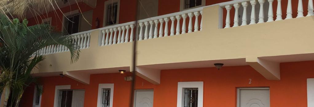 Hotel Playa Catalina - La Romana - Building