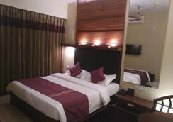 Nirvana Inn - Accra - Kamar Tidur